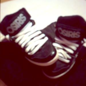 Osiris high top shoes